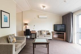 Two-Bedroom Apartment, Suncourt Hotel & Conference Centre