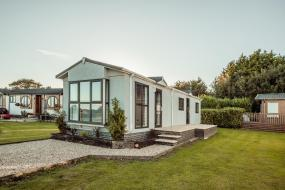 Lux Lincoln, Little Eden Country Park, Bridlington with Private Hot Tubs Available