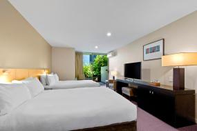 Superior Room with Two Double Beds, Scenic Suites Queenstown