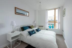 Two-Bedroom Apartment, Top Floor Modern 2BD Flat in Northern Quarter
