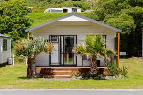 Two-Bedroom Apartment, Bowentown Beach Holiday Park