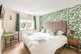 Double Room, The Fromeway