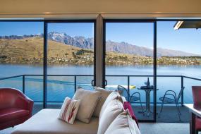 Three-Bedroom Villa, Villa Del Lago
