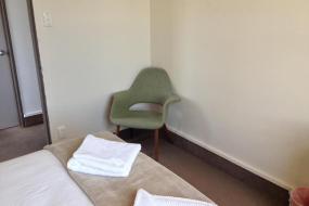 Double Room, Lake Hawea Hostel