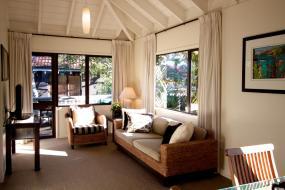 Standard Family Room, Emerald Inn on Takapuna Beach