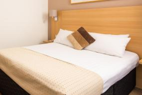 Classic Double Room, Mercure Wetherby Hotel