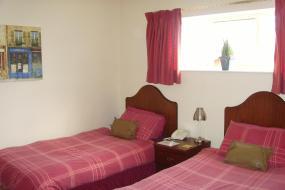 Twin Room, The Waverley Hotel