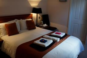 Standard King Room, The Lyn Valley Guest House