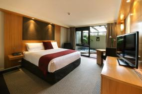 Deluxe King with Spa, Millennium Hotel Rotorua
