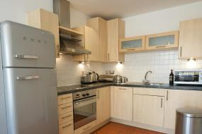 Apartment with Balcony, Stay Deansgate Apartments for 14 nights plus