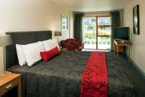 Deluxe Double or Twin Room, Wai Ora Lakeside Spa Resort