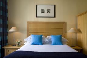 Executive Double Room, De Vere Devonport House