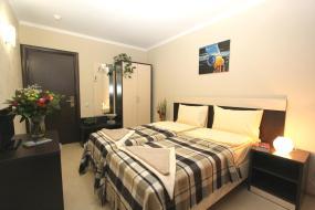 Двухместный номер с 1 кроватью или 2 отдельными кроватями, общая ванная комната, Отель Дали