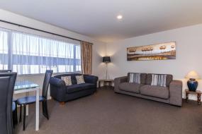 Two-Bedroom Apartment, Twin Peaks Lakeside Inn