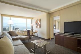 Люкс с 1 спальней и 2 двуспальными кроватями, Hilton San Francisco Union Square