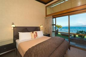 Two-Bedroom Apartment - Lake Front, Oasis Beach Resort