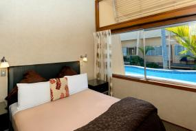 Two-Bedroom Apartment with Courtyard View, Oasis Beach Resort