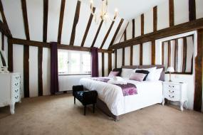 Deluxe Double Room, The Harvard Inn