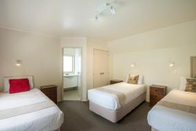 Executive Family Suite with Spa, Best Western Braeside Rotorua & Conference Centre