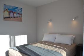 Queen Studio (2 Adults), 319 Addington Motel
