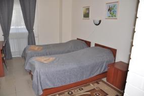 Стандартный двухместный номер с 2 отдельными кроватями, 4 Комнаты
