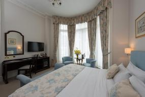 Deluxe Double Room, Park International Hotel