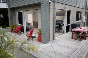 Two-Bedroom Apartment, Bay Breeze Accommodation
