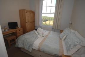 Standard Double Room with River View, Commonwood Manor