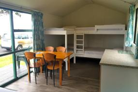 Family Room with Shared Bathroom, Oakura Beach Holiday Park