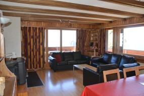 Two-Bedroom Apartment - 45, Immeuble Les Aiglons