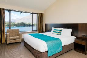 Junior Suite with Lake View and Balcony, Copthorne Hotel & Resort Lakefront Queenstown