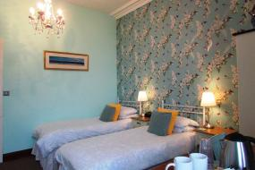 Standard Twin Room with Sea View, Hillcrest House