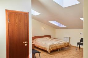 Standard Double Room, Galereya