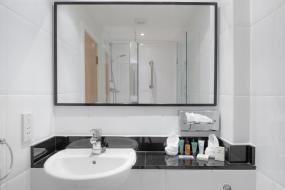 Double Double Hilton Guest Room, Hilton York
