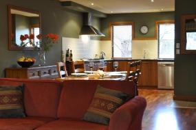 Two-Bedroom Apartment, Lansdown Peaks Apartment