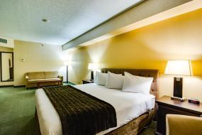 Family Suite, Sawridge Inn and Conference Centre Edmonton South