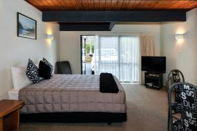 Executive Studio with Spa Pool, Wylie Court Motor Lodge