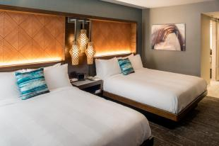 Seattle Airport Marriott Guest Room with Two Double Beds
