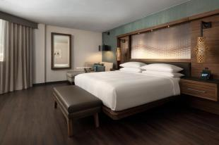 Seattle Airport Marriott Executive King or Double Room