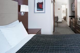 River Hotel Представительский люкс с 2 спальнями