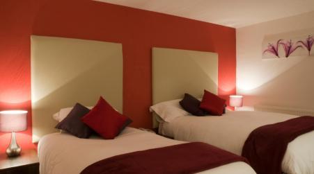 Haveli Hotel, Hensol