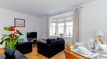 Large 2 Bed apartment in Central Oxford, Oxford
