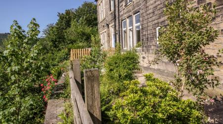 Hill Song Studio Apartment with a View, Hebden Bridge