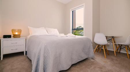 Unsworth Height Exceptional Brand New 3-Bdrm Unit+Parking, Auckland