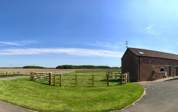Grange Farm Cottage, Wressle, Wressell