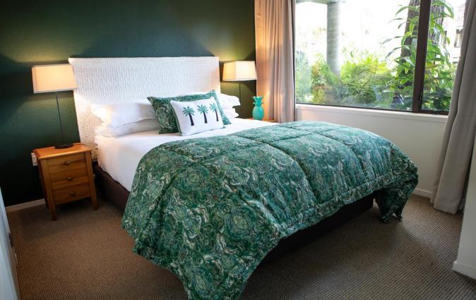 Emerald Inn on Takapuna Beach, Auckland