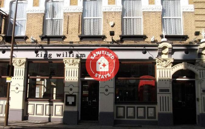 OYO The King William Hotel, London