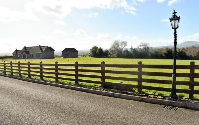 Glenshane Country House, Maghera